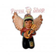 Ange de noël péruvien modèle musicien avec  charango