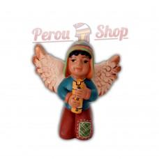 Ange de noël péruvien modèle musicien avec flûte