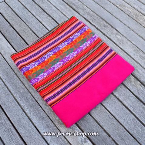 Tissu péruvien couleur fuschia