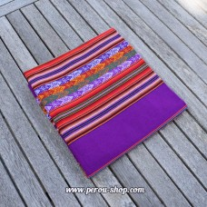 Tissu péruvien couleur violet