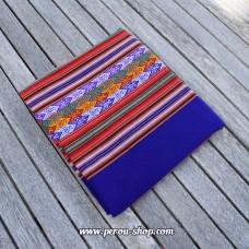 Tissu péruvien couleur bleu