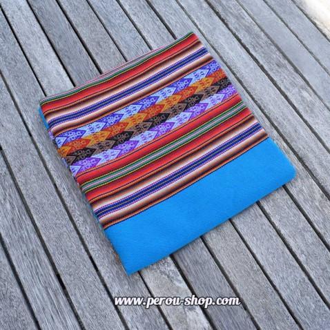 Tissu péruvien couleur bleu azur