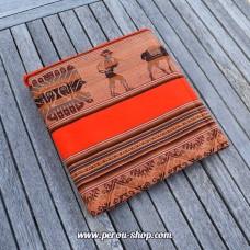Tissu péruvien orange avec motifs Inca