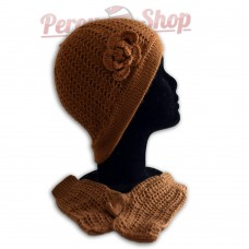 Bonnet femme avec fleur marron tabac